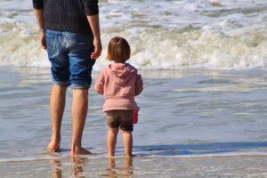 पति और बच्चे की लम्बी उम्र के गुरुवार को ना करें ये काम
