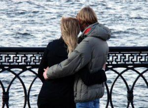 चाणक्य नीति : ये पुरुष कभी प्यार से वंचित नहीं रह सकते ?