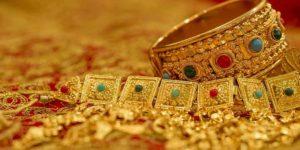 एक ऐसा मंदिर जहां प्रसाद के रूप में मिलता है सोना