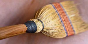 नारद पुराण: वह 5 चीज़ें जिनके स्पर्श से आप सब कुछ गंवा सकते हैं