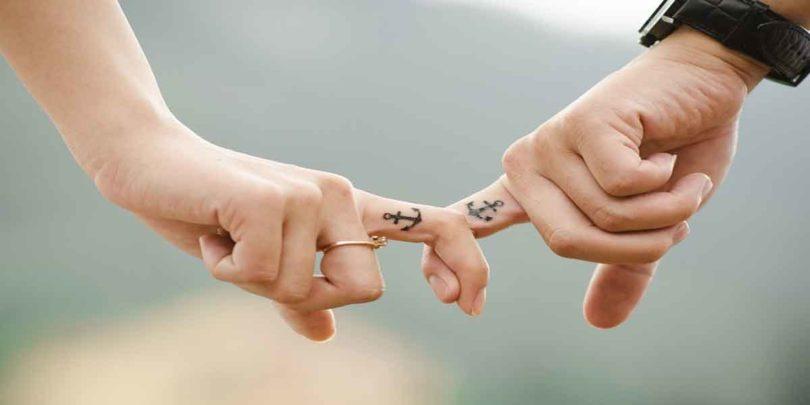 प्यार की सही पहचान ये राशियों की जोड़ियां