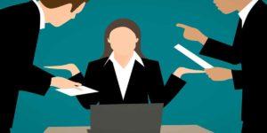 वास्तु टिप्स: बॉस की डाट से, किसी की बुरी नज़र से कैसे बचें