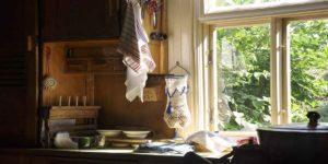 घर में यह 6 चीजें टूटी हों तो तुरंत हटा दें, इनकी वजह से बढ़ता है दुर्भाग्य