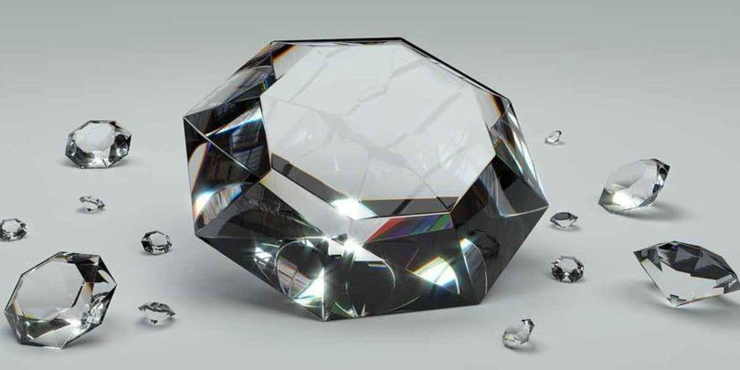 हीरा कैसे है शुभ व अशुभ