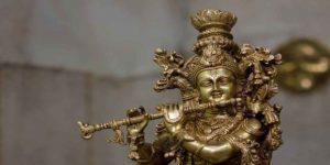 श्री कृष्ण जी की आरती व आरती का महत्व और नियम