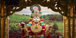 श्री लक्ष्मी चालीसा, जाने पूरे अर्थ के साथ