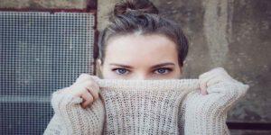 तेज-तर्रार लड़कियों को पहचानने के खास 7 टिप्स