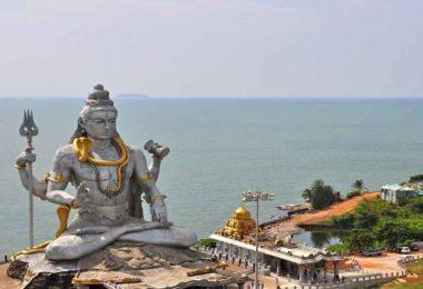 शिव मंदिर में नंदी के कानों में क्यों कही जाती है मनोकामनाएं