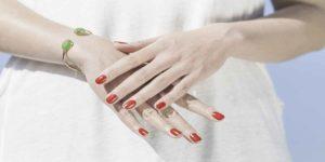 उंगलियों के बीच की दूरी और बनावट से जानें आपका भविष्य