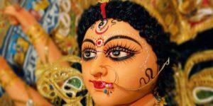 नवरात्रि में दुर्गा सप्तशती का पाठ करने से पहले ध्यान में रखें यह 7 बातें!
