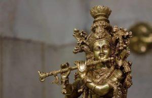 भगवान श्रीकृष्ण का वह चमत्कारी मंदिर जो खुद खुलता है और खुद होता है बंद