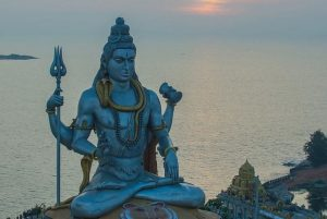 सावन के सोमवार में राशि अनुसार ऐसे करें भगवान शिव को प्रसन्न!